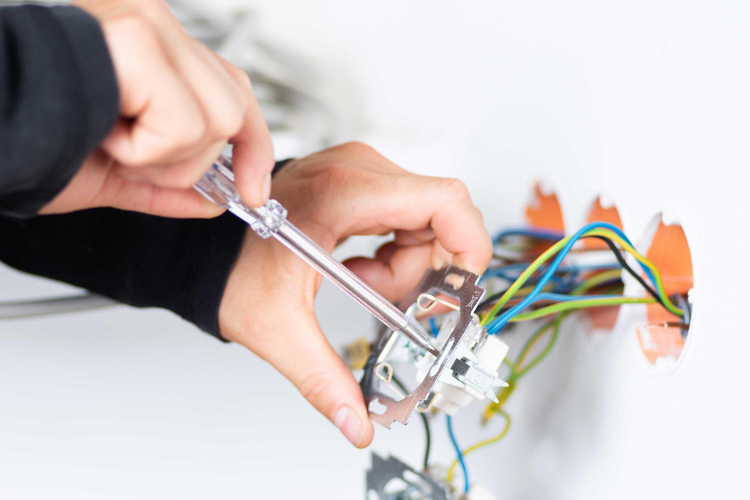 Handwerksleistungen eines Elektrikers