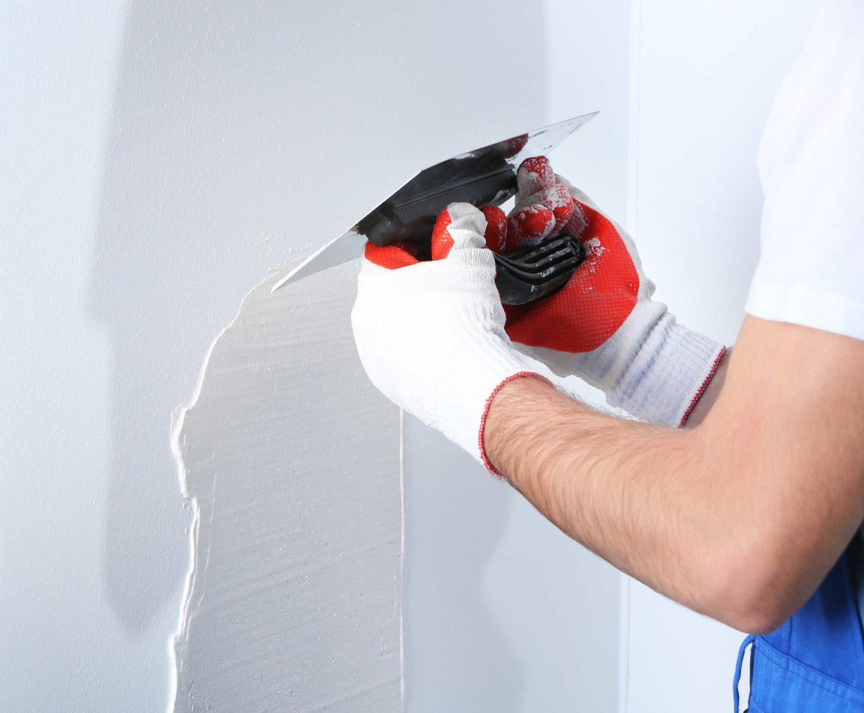 Handwerksleistungen mit Maler- und Spachtelarbeiten